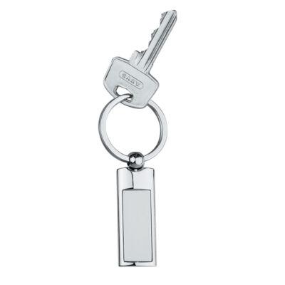 Hosszúkás fém kulcstartó